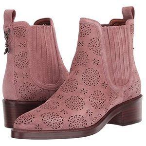 Coach Bowery Dusty Pink Tea Rose scut Out Booties